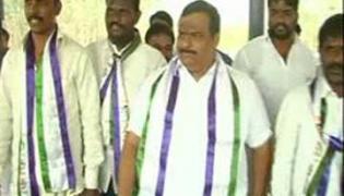 YSRCP Leader Gattu Srikanth Reddy Fire on CM KCR