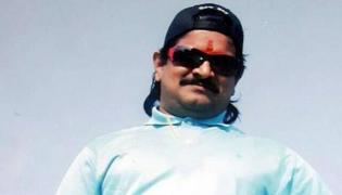 IT officers issued notices to Nayeem wife