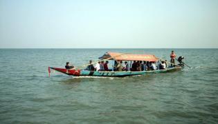Chilika lake tourist spot in odisha