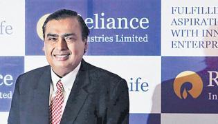 Asian personal wealth Mukesh: Forbes - Sakshi