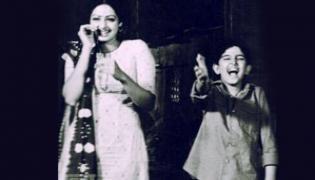 My 1st ever acting shot was with Sri Devi says Hrithik Roshan - Sakshi