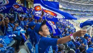 Mumbai Indians to Be Cheered by Special Set of Fans For Game Against Delhi Daredevils - Sakshi