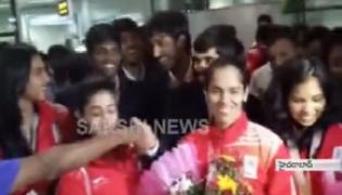 pv sindhu,saina reaches hyderabad - Sakshi