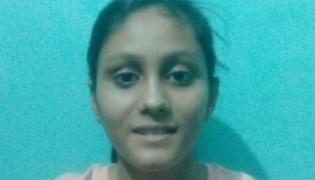 Two Girls From Noida Overcome Odds Got 96 Percentage Marks In CBSE - Sakshi