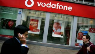 Vodafone offers one year of Amazon Prime with Red postpaid plans - Sakshi