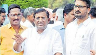We Support AP From Begining Onwards Said By TRS MP Seetharam Naik - Sakshi