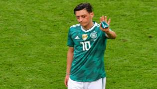 Ozil Says He Quits Germany Football Team Because Of Racism - Sakshi