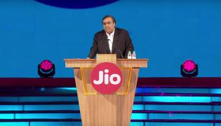 JioPhone 2 launched at Rs 2,999 - Sakshi