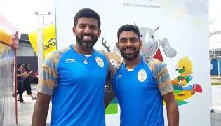 Rohan Bopanna and Divij Sharan clinch gold - Sakshi