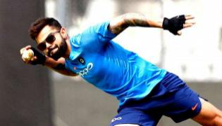 Rashid  accepts  Kohlis quirky catches challenge - Sakshi