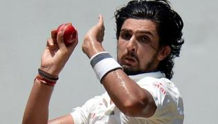 Ishant Sharma Took Three Wickets Throws England In trouble - Sakshi
