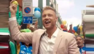 Andrew Flintoff Belts Out Imagine Dragons Hit To Put Cricket World Cup - Sakshi