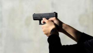Woman kills many in US' Baltimore mass shooting - Sakshi