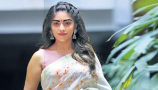 Special chit chat with anu emmanuel - Sakshi