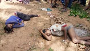 Farmer Family Commits Suicide In Karnataka - Sakshi