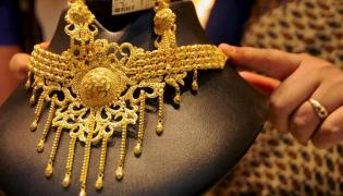 Govt may raise import duty on various items, gold may be spared - Sakshi
