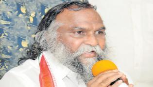 Jagga Reddy fires on KCR - Sakshi
