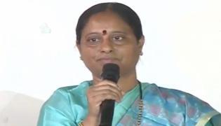 Konda Surekha slams Cm KCR  - Sakshi