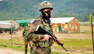 In Jammu Kashmir 40 SPOs Resign Due To Terror Threat - Sakshi
