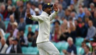 Dhawan's Cool Bhangra Moves Entertains Crowd at Oval, Harbhajan Joins Him From Commentary Box - Sakshi