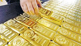 4 per cent increase in gold imports - Sakshi