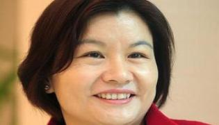 China's richest woman is biggest loser in trade war - Sakshi