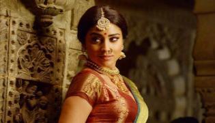 Senior Heroine Shriya In Baahubali Web Series - Sakshi