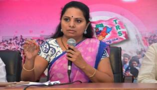 MP Kavitha Criticises Uttam Kumar Reddy Over His Wife Got Ticket - Sakshi