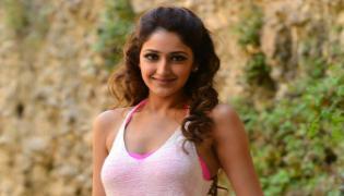 Sayesha Saigal Special Song Gv Prakash Watchman - Sakshi