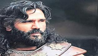 Suniel Shetty joins Mohanlal's Marakkar in Hyderabad - Sakshi