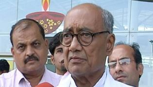 Digvijaya Singh Alleges BJP Tried To Topple Congress Government In MP - Sakshi