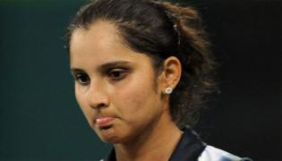 Sania Mirza Again Trolled Over Tweet Condemning Pulwama Attack - Sakshi