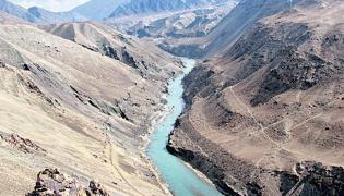Centre Will Stop India's Share Of Water That Flowed To Pak - Sakshi