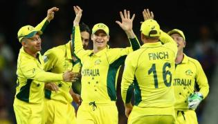 Australia beats India by 7 wickets in 2nd T20 to win series - Sakshi