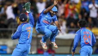 India Won The Last ODI Against New Zealand - Sakshi