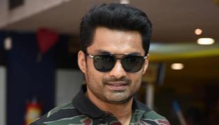 Nandamuri Kalyan Ram Thuglak With Debut Director - Sakshi