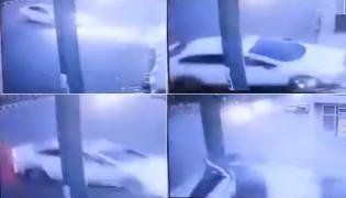Fatal car crash in Delhi video goes Viral - Sakshi