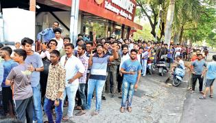 People Waiting For Avengers Endgame - Sakshi