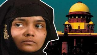 Supreme Court Say pay Compensation To Bilkis Bano - Sakshi