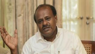 Karnataka CM Kumaraswamy Cancels Delhi Visits - Sakshi