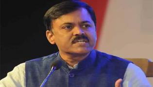 GVL Narasimha Rao Met Piyush Goyal In New Delhi For Tobacco Farmers Problems - Sakshi