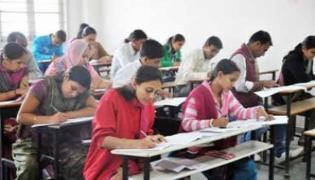 Teacher Education Diminishing In Two Telugu States - Sakshi