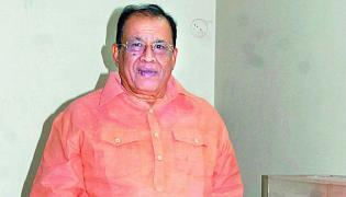 Inspector Madavareddy Defamation Suit On Farmer DGP Pervaram Ramulu - Sakshi