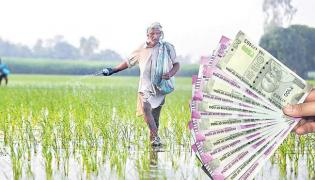 TRS Government Focus On Farmers Loan Waived - Sakshi