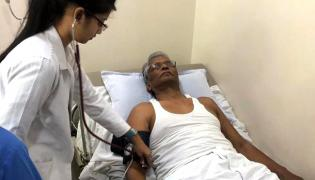 Karnataka Congress MLA admitts in hospital in Mumbai  - Sakshi
