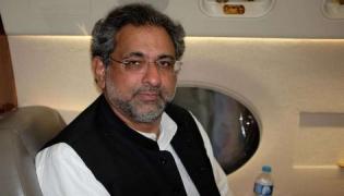 Former Pakistan PM Abbasi Arrested - Sakshi