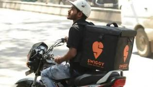Who is Leading in Food delivery, Zomato or Swiggy - Sakshi