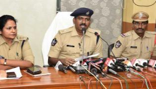 Man Arrested For Raping Minor Girl In Vsakhapatanam - Sakshi