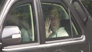 Rahul Gandhi And Opposition Delegation Sent Back From Srinagar - Sakshi