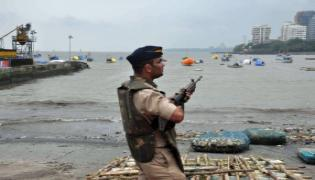 Indian Navy on high alert, strict vigil in Tamil Nadu - Sakshi